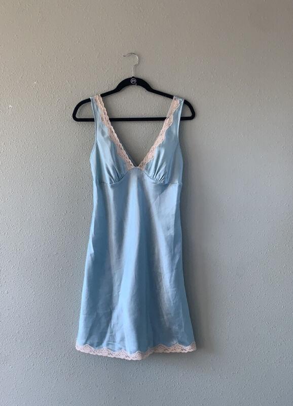 Vintage Victorias Secret nightgown cami sz S seafoam green lace trim