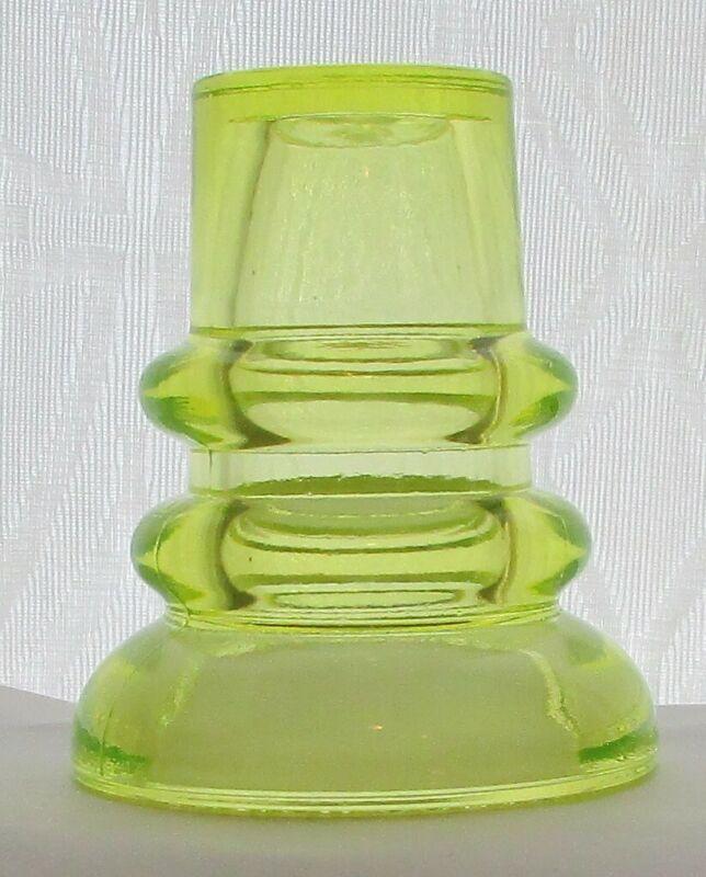 2009 40th NIA Convention Commemorative glass insulator in Yellow Vaseline color