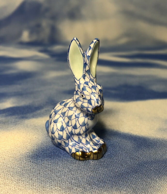"HTF NEW Herend Blue Fishnet ""Miniature Sitting Rabbit"" Bunny Figurine 15819 NWOB"