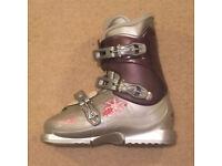 S/H Salomon T3 Girly Ski Boots Size 4