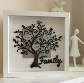 Family Tree and baby photo frames Mother's Day present! Lovely in Living room or bedroom