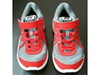Boys Nike Revolution 2 trainers uk size 1