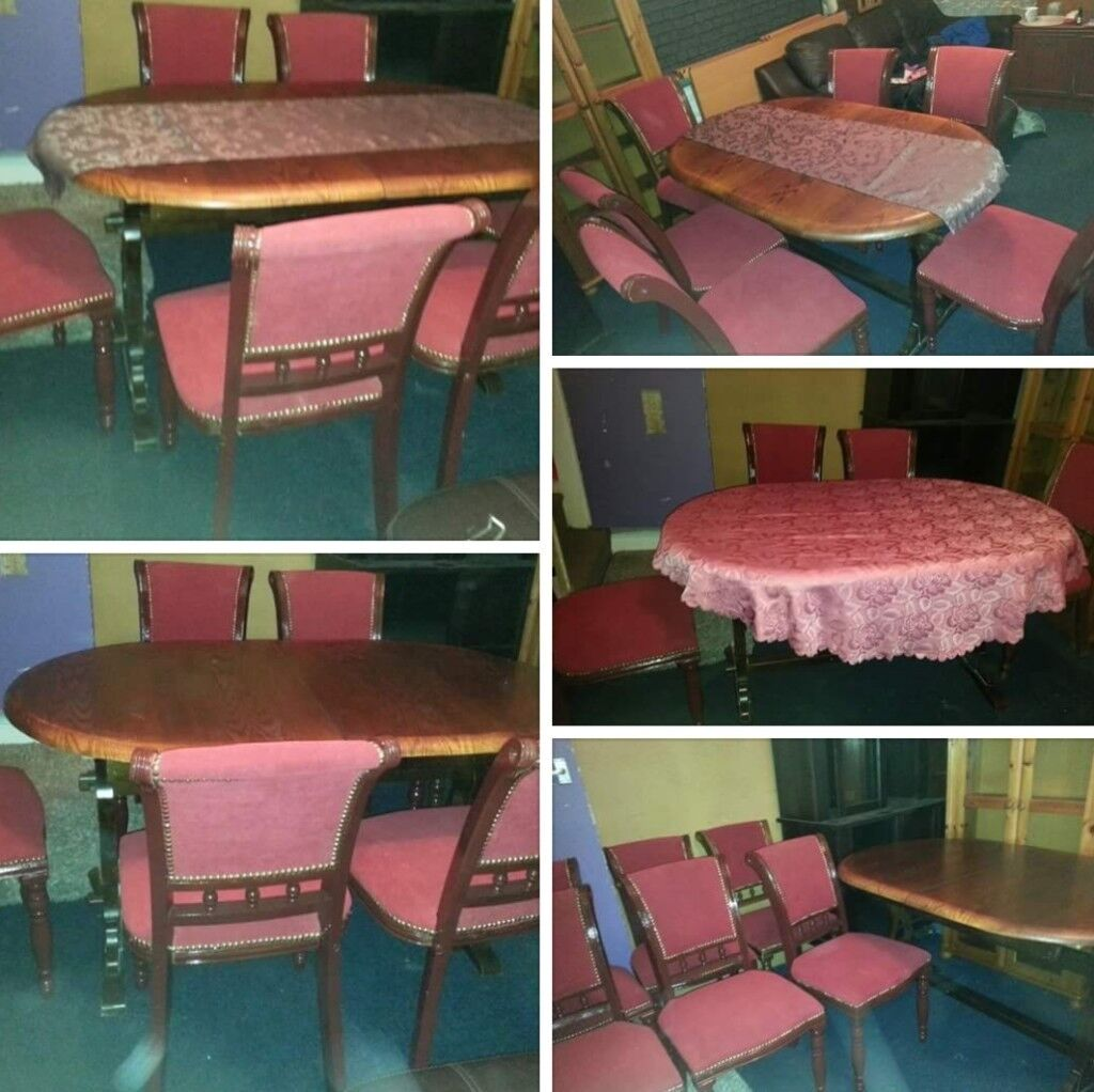 ITALIAN STYLE. TABLE AND 6 CHAIRS