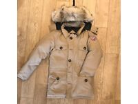 Arctic Expedition Canada Goose Jacket Size M - fits larger