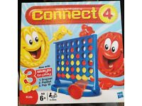 AS NEW [Played Once] CONNECT 4 Game - Everything in box