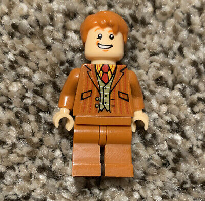 NEW LEGO Fred George Weasely Minifigure 75978 Harry Potter Diagon Alley RARE
