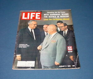 LIFE-MAGAZINE-AUGUST-9-1963-MICKEY-MANTLE-BACHRACH-DEAD-PARIS-NOTRE-DAME-80TH