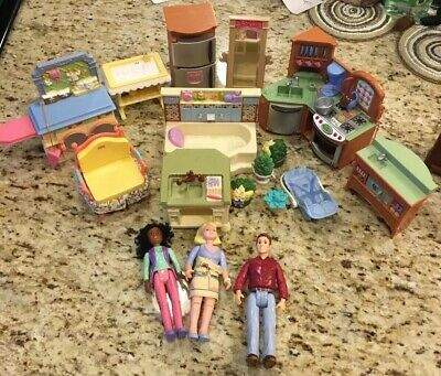 17 -Lot Fisher price loving family people Furniture  lot mother father Kitchen