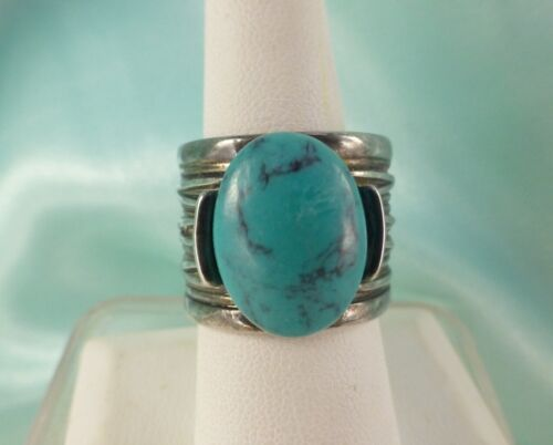 PREMIER DESIGNS Faux Turquoise Cocktail Ring Size 7 Silver Tone WIDE BAND