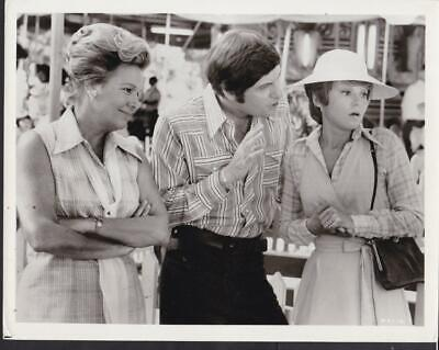 Barbara Harris Joseph Bologna L Gerritsen Mixed Company 1974 movie photo 39074