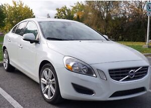 Volvo S60 2012 T5 FWD level 2 /96000 km/cuir/toit
