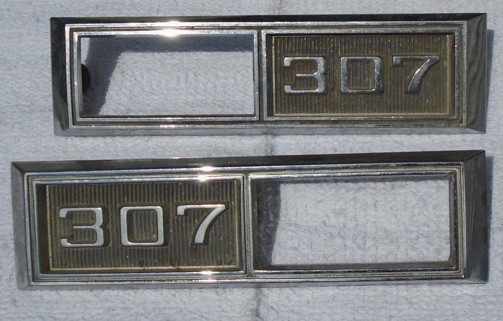 PAIR 1968 CHEVROLET CHEVY IMPALA 307 SIDE MARKER LIGHT EMBLEMS OEM 3920874 9993