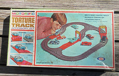 Ideal 1965 Motorific Torture Track Accesories Set Complete w/ Box Very Good