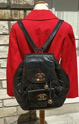 Chanel Sac à dos Chanel magnifique vintage en cuir noir.années 80