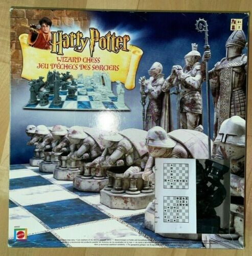 Harry Potter Wizard Chess Set 2002 Mattel Complete w/Instructions in Box pre-own
