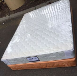 Brand new extra firm mattress with coconut layer Double$260,Q$280