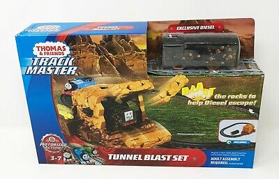 Fisher-Price Thomas & Friends TrackMaster Tunnel Blast Set New Free Shipping