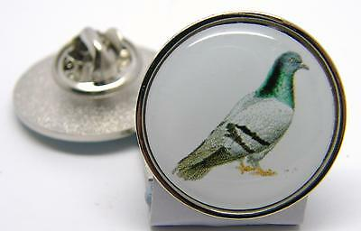 PIGEON RACING FANCIER BIRDS PIGEONS LAPEL NOVELTY PIN BADGE IN FREE GIFT POUCH
