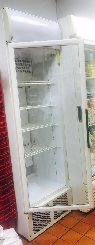 Single door display fridge cooler awaiting pick up in for 1 door display chiller