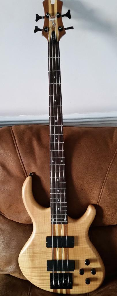 AWESOME Tobias Toby Pro IV Bass Guitar In Beautiful Condition