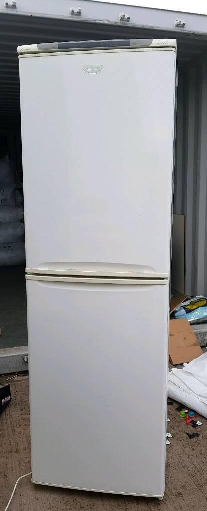 Beko fridge freezer. Large size. Free delivery