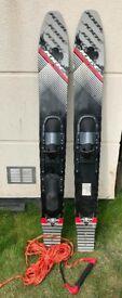 Water skis (JOBE HEMI 65) and tow rope