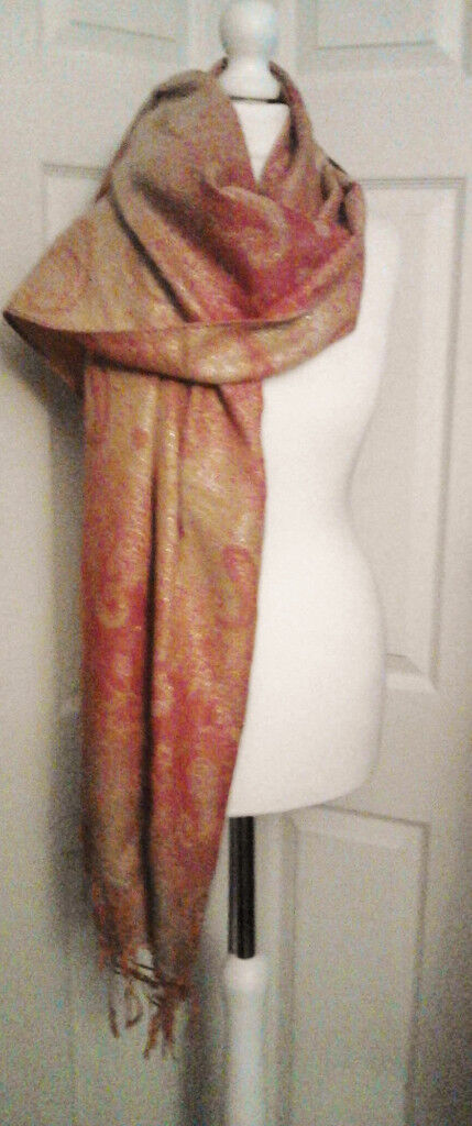 Ladies New Stunning Long Red and Gold Swirls Patterned Pashmina Scarf Shawl.