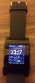 Pebble watch. Smartwatch. 7 days battery life. connects to iphone or samsung galaxy android