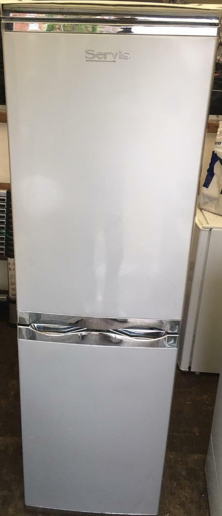 Servis fridge freezer free deliveryin Shoreham by Sea, West SussexGumtree - Servis fridge freezer In good condition with some marks here and there, nice cheap fridge freezer, free delivery within 5 miles to ground floor only