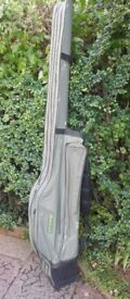 Korum hardcase rod holdall, holds 2 made up 12ft rods, bivvy , rodrests, alarm pods etc