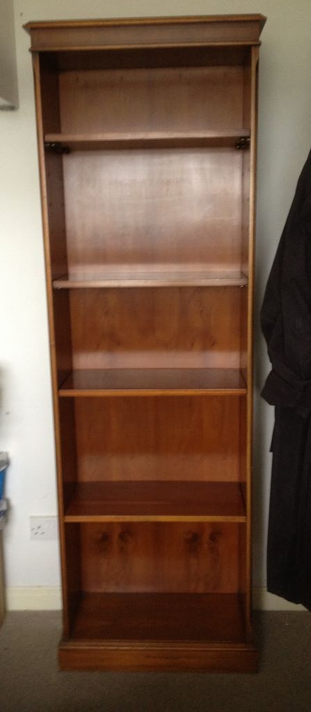 Bookcase Wooden veneered with movable shelves in  : 86 from www.gumtree.com size 447 x 1024 jpeg 39kB