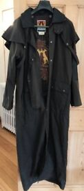 Never worn Kakazu Traders Original longrider full length womens medium size coat