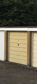 Garage for Rent in Horsell, Russell Road