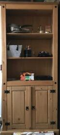 Pine wood bookshelf with 2 door display