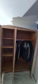 3 door wardrobe