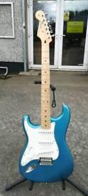 Fender MIM Standard Stratocaster Left Hand **NEW**