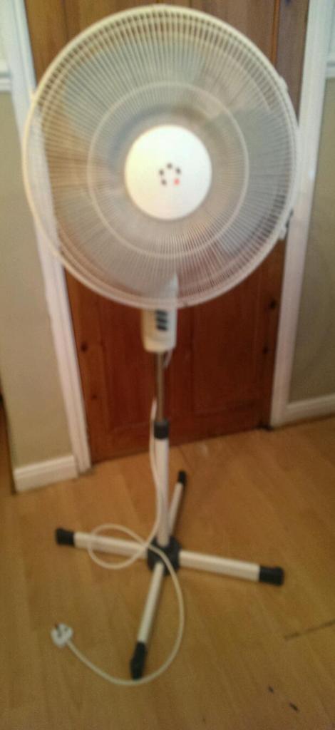 Gumtree Desk Fan : Electric fan in hazel grove manchester gumtree