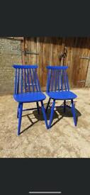 Re worked chairs coated with outdoor coating in cobalt blue !