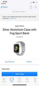 42mm Apple Watch Series 3 - Silver (Basically new)