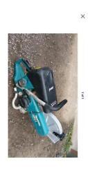 Makita 4 stroke disc cutter