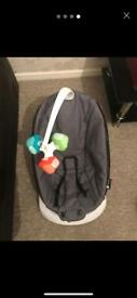 4moms baby bouncer