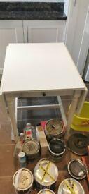 Kitchen table ( extendable )