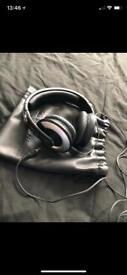 Headphones & VR phone headset