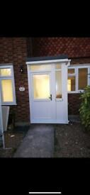 2 BEDROOM GROUND FLOOR FLAT WITH GARDEN TO LET IN IG2 £1.300pcm