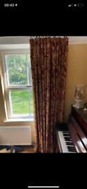 Pair of curtains 195cm length and 125cm width red and gold heavy material