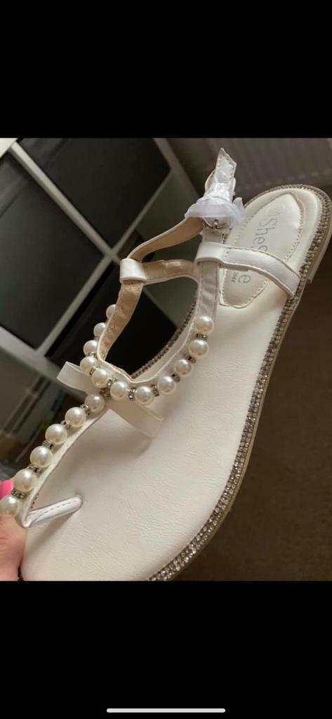 White sandals size 6 ideal for wedding | in Loughton, Essex | Gumtree