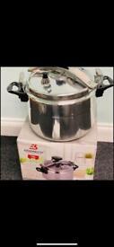 Pressure cooker pot-brand new