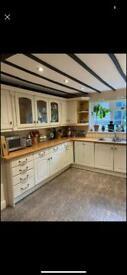 Kitchen - Tenby Full Kitchen bargain
