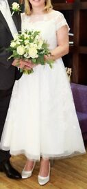 Oleg Cassini Cap Sleeve Illusion Wedding Dress Size 14/16