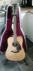 Yamaha 12 string electro acoustic stunning!